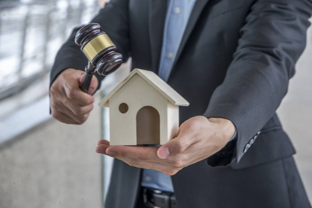 BE PREPARED: Auctions are a great way to buy, provided you've done your research. Picture: SHUTTERSTOCK.